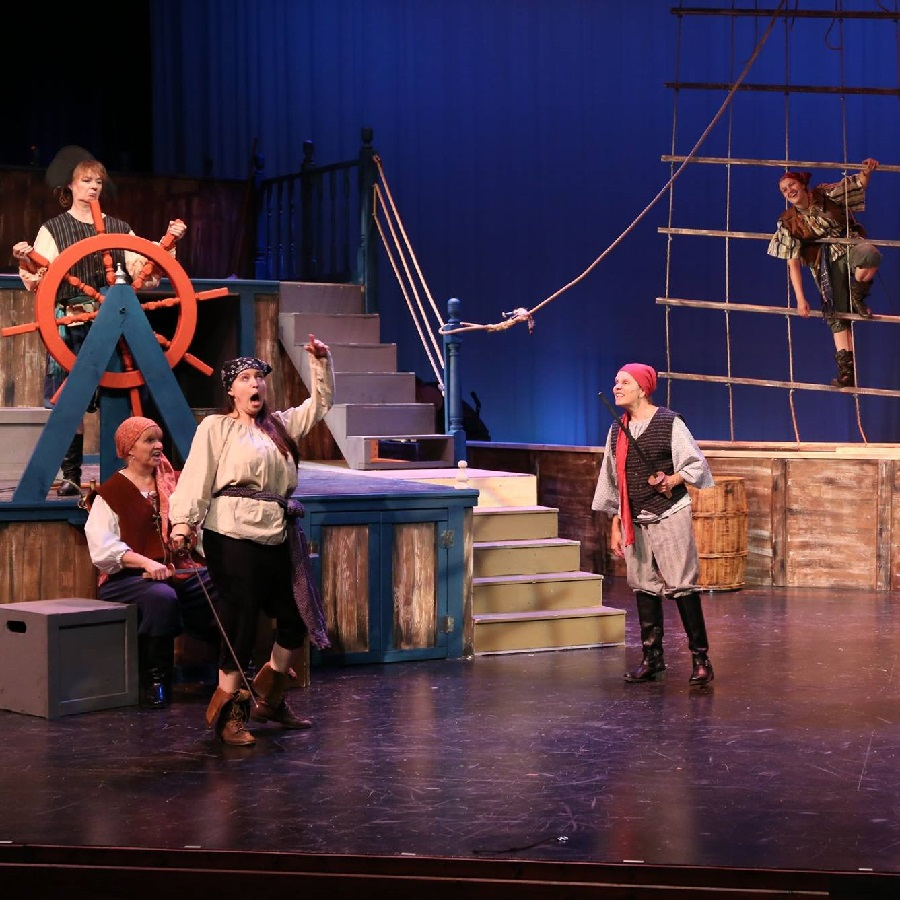 Come by bike or car the 'Lady Pirates of Captain Bree' is a show you are sure, to not want to miss.