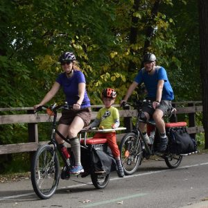Another colorful fall weekend to get out on bikes with the family and make some autumn memories.