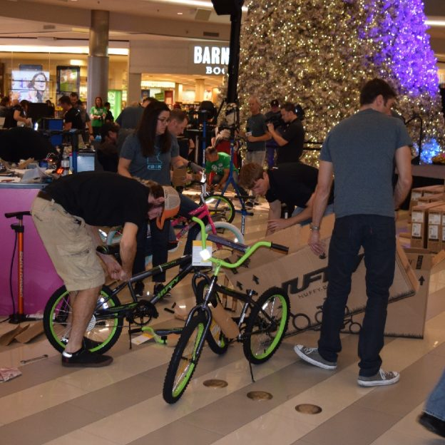 The Free Bikes 4 Kidz Wrench Slinger Shootout 2016 at the Mall of America, this last Sunday afternoon was a tremendous effort, great fun and all teams were winners.
