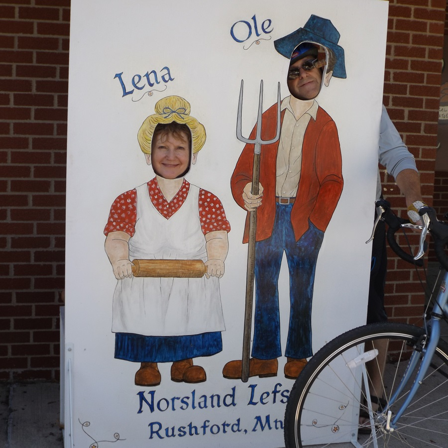 While enjoying some Norseland Leftse take a selfie with a friend as Ole and Lena.