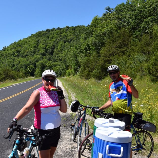 Join the fun on the 3-day weekend Root River Bluff& Valley Bike Ride, July 7, 8 & 9, 2017. Registration closes Friday , May 19, so ride jersey, included in the package can be ordered.
