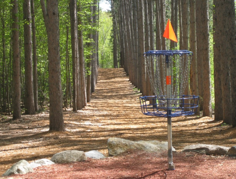 A few minutes away from Ham Lake is the Blue Ribbon Pines Disc Golf Course.