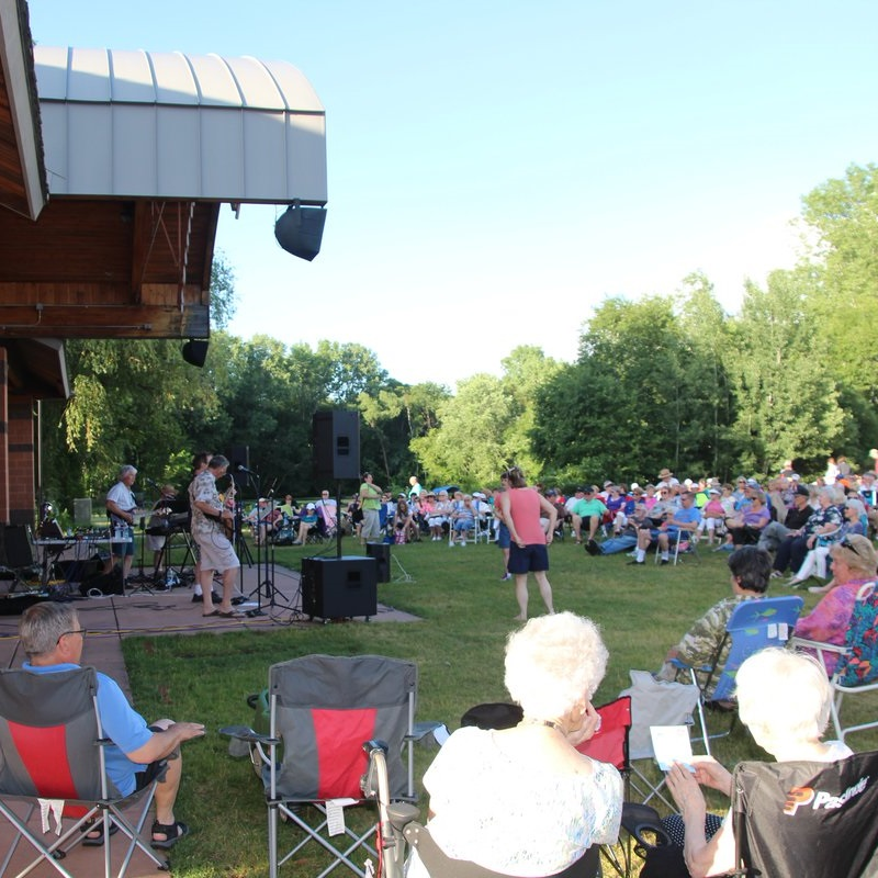 Shoreview's Concerts in the Commons is the perfect way to get a pedal dancing rhythm for your #NextBikeAdventure.