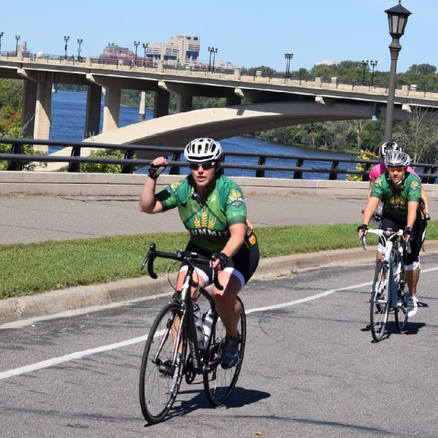 Chasing for beer on the Mississippi River Trail