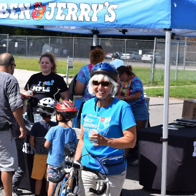 When Ice Cream Smiles Sunday falls on Open Streets Minneapolis its really a treat especially if free Ice cream is being served, so check out their schedule.