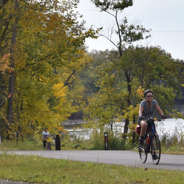 With small town charm and sprawling countrysides trails the Willmar Lakes Area is the perfect place to visit with your bike for a weekend getaway.