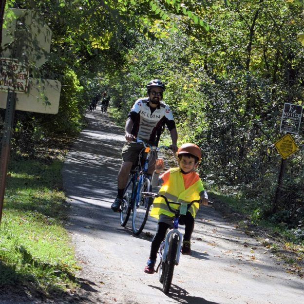 Instead of ending the rides, get your kids excited to ride through the fall foliage. Here are some tips for encouraging kids to keep the fun rolling.