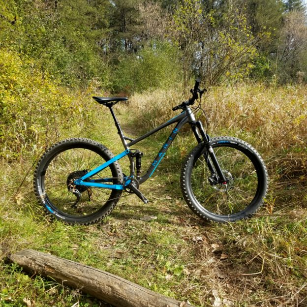 "Based on our quick MTB review at Interbike's Dirt Demo, we have a demo Marin B-17 2 for a long term review. Read on for our ""out of the box"" review."