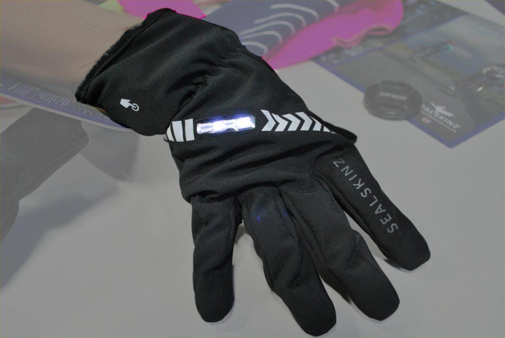 Cameo brake light dress white gloves
