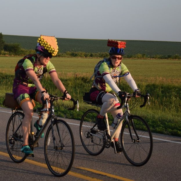 Riding into the Monday Morning sun with Team Pie, on RAGBRIA..