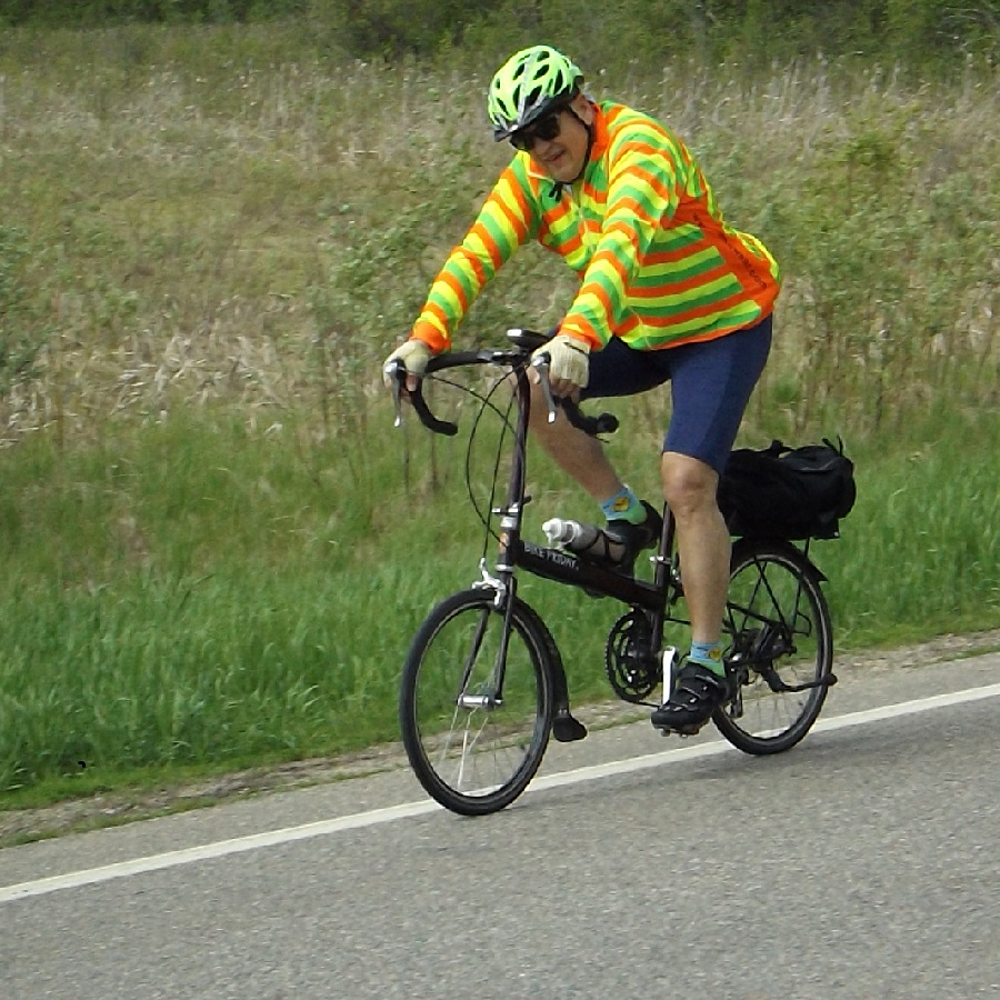 Travel bike basics and how to pick the right one for you!