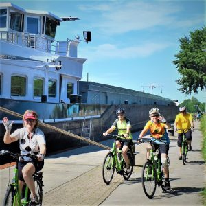 It's fun to take a European bike vacation to explore the Netherlands. There are 100's of bicycle routes that you can follow along the picturesque canals and rivers there.