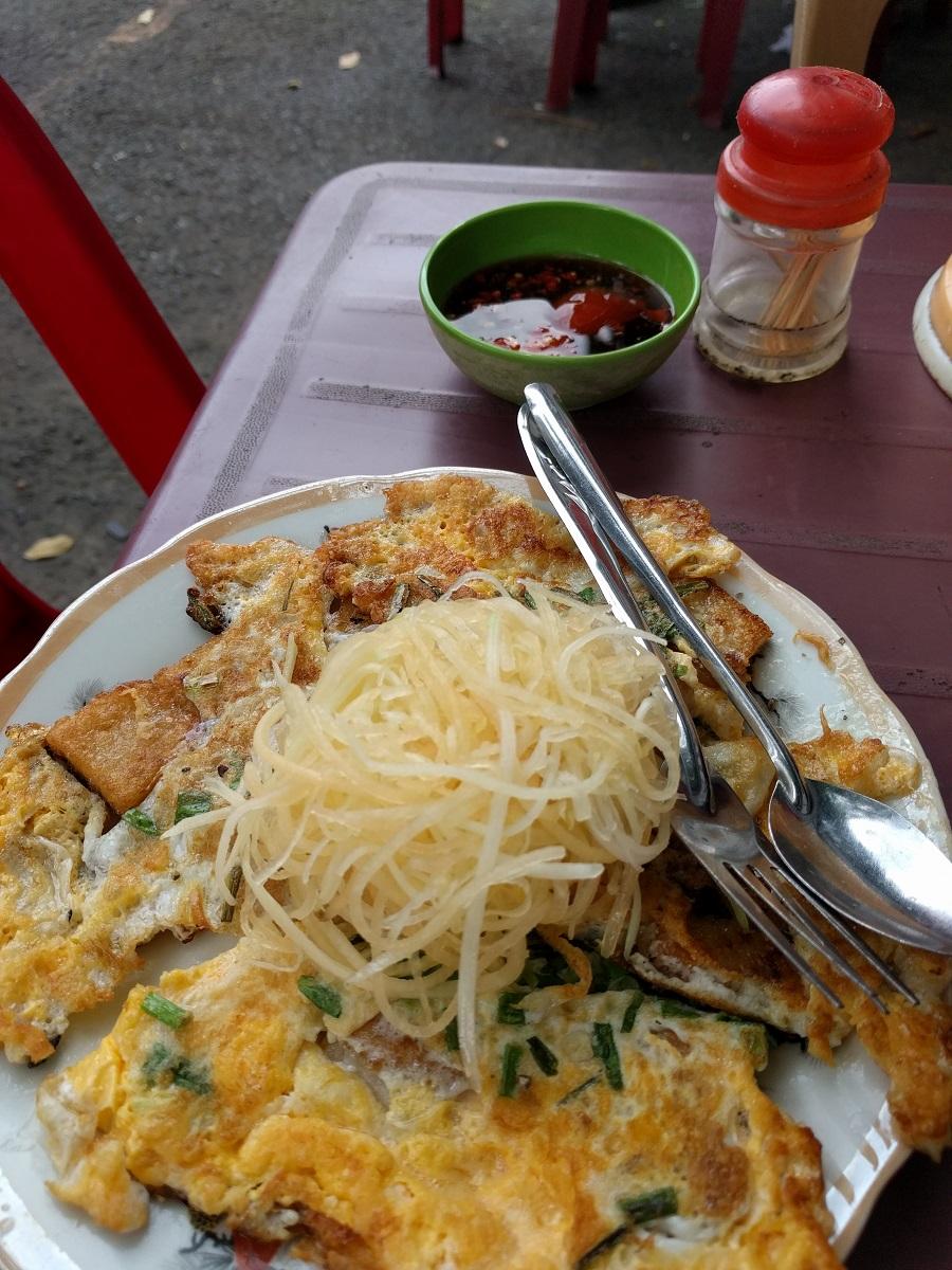 Vietnamese roadside cuisine
