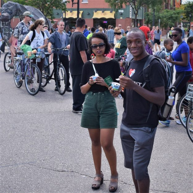 On this bike pic Sunday, this biker couple, at a previous Open Streets, are enjoying a sample of Ben & Jerry's. Today, the last Open Streets Minneapolis will be held, 11 to 5 at 14th Ave SE, University Ave SE, and Oak St SE, in Minneapolis, MN.