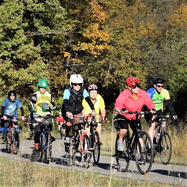 Here in this bike pic, we captured a group of cyclists having fun pedaling the trails around Mankato last year on the Mankato River Ramble. This year's Ramble is this Sunday, October 7th