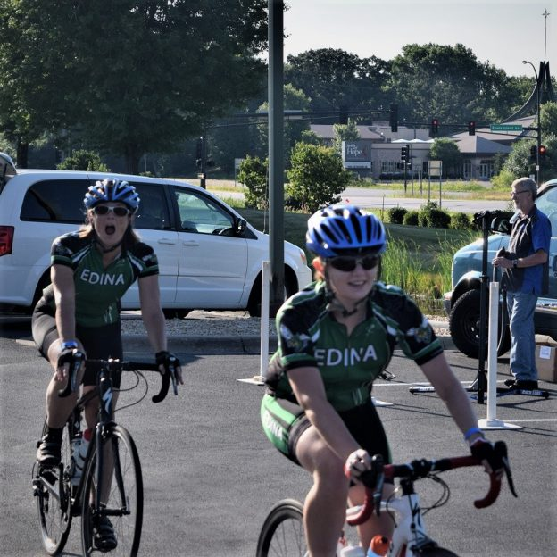 Today'sbike pic, we found these Edinabiker chicks, in the HFB archives, riding the TourD' Amico 4the of July bike ride?