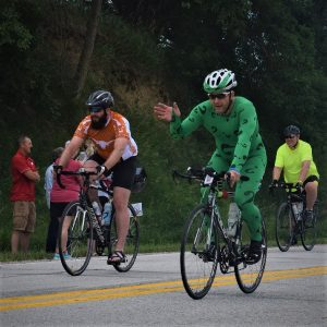 This Sunday bike pic, looking through the archive, we found a picture of the biker dude, in green lycra, riding across Iowa.