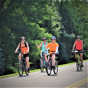 This Bike Pic Wednesday we wanted to recap last year's Rock-n-Roll the Lakes around the beautiful lakes of Albert Lea, MN.