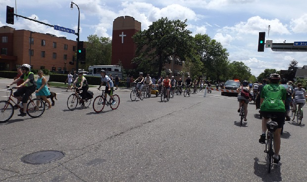 Except for some of the main intersections that crossed Lyndale Ave the MPLS Open Streets was car-free.