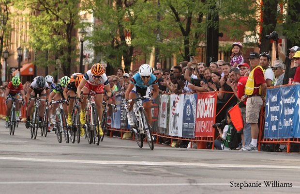 North Star Criterium in Uptown Minneapolis. photo Stephanie Williams