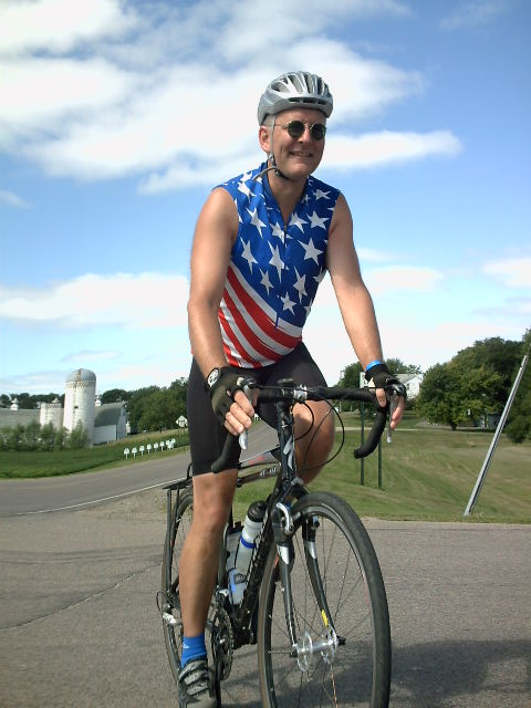 Dorian Grilley, BikeMN, showing of his Stars and Stripes. ( 2011)