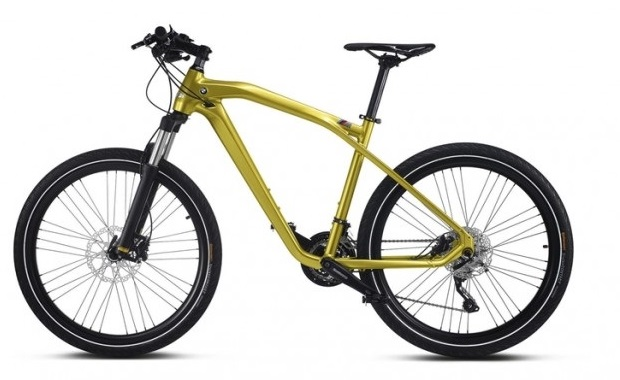The frame of the Cruise M-Bike Limited Edition is made of hydro-formed aluminum frame and carbon components